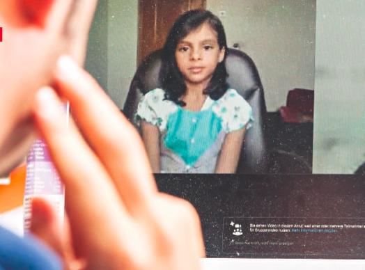 Nada al Ahdal beim Skype-Interview
