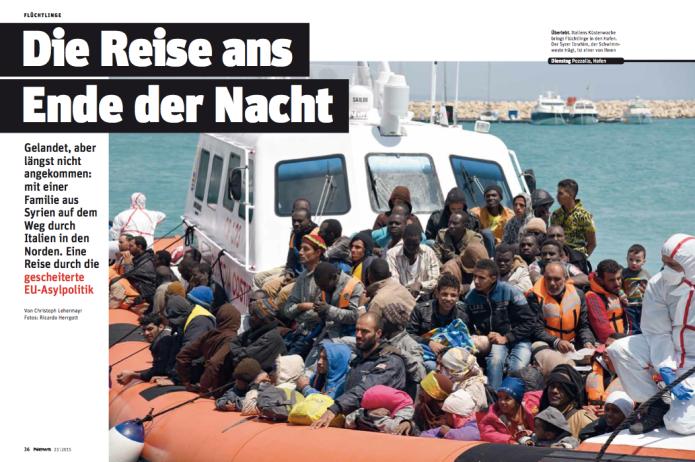 Ankunft der Flüchtlingsfamilie im Hafen von Pozzallo (Foto: Ricardo Herrgott)