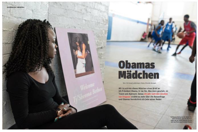 Ty'Sheoma Bethea ist 20. Neben ihr steht ein Poster, das den Moment zeigt, der ihr Leben änderte: Sie im Arm von Michelle Obama (Foto: Ricardo Herrgott)
